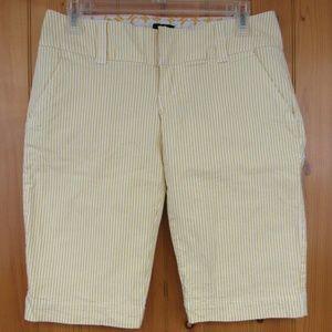 Hurley Bermuda Walking Shorts Size 5